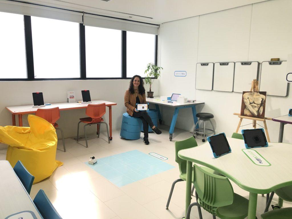 5 características de las aulas escolares innovadoras para la educación del futuro AcadeMixAula2 1024x768